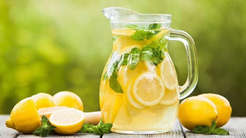 voda z limono